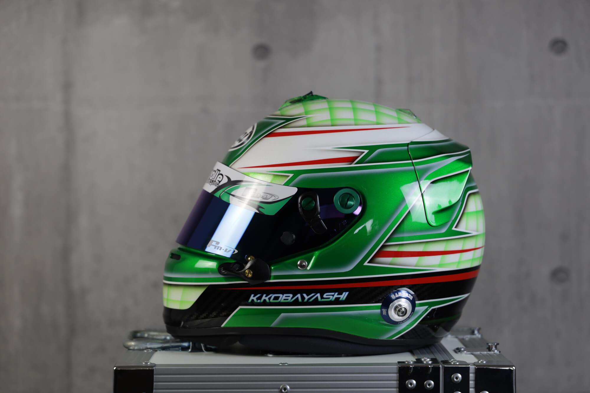 ヘルメット塗装 4輪