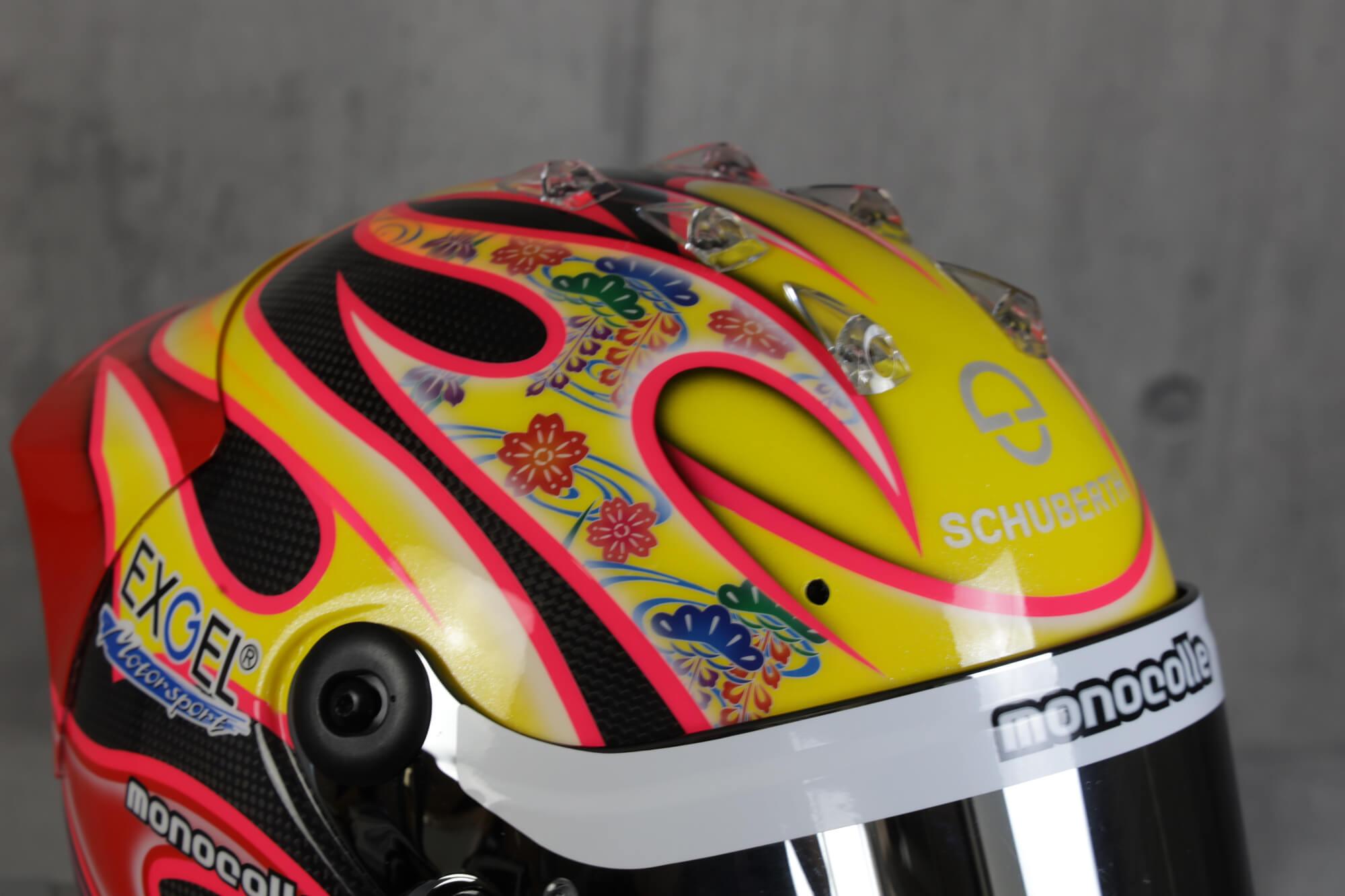 ヘルメットペイント シューベルト 4輪